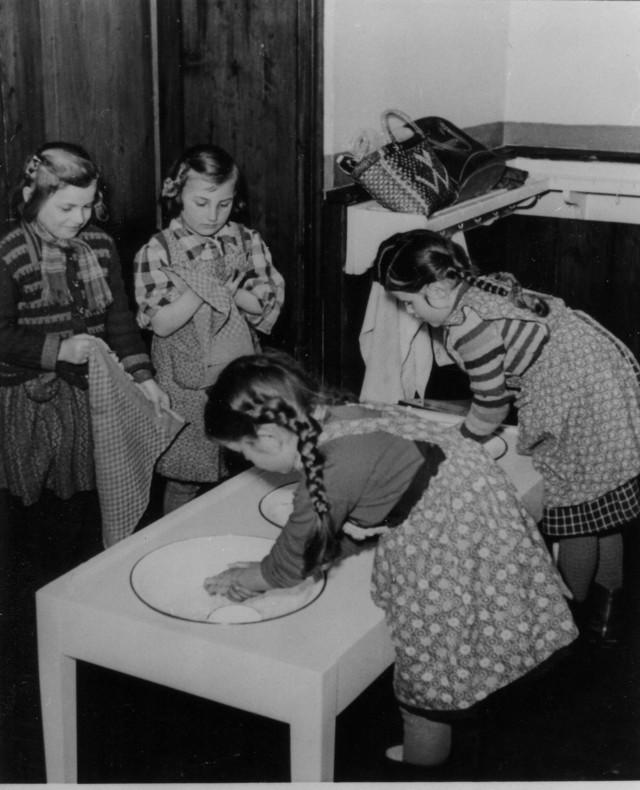 1954 - Bei der Arbeit