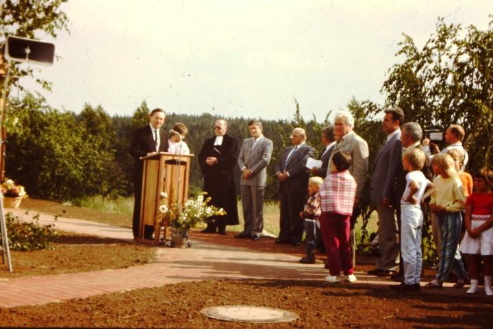 1987 - Am Pult der Hausherr Pfr. Geißendörfer